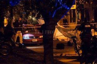 Rosario: acribillaron a un hombre dentro de su propio auto