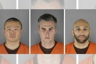 Fijan fianza de 750.000 dólares para cada policía implicado en la muerte de Floyd