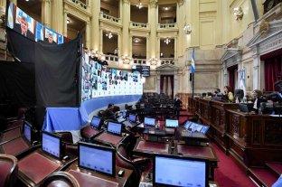 """El Senado avaló """"superpoderes"""" - Cristina Fernández presidió la sesión en la que el Frente de Todos dio el primer paso para sacarle el manejo delas """"escuchas"""" judiciales a la Corte. -"""