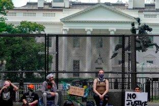 Estados Unidos sigue marchando en contra del racismo y en reclamo de justicia por Floyd - Siguen los reclamos en la puerta de la Casa Blanca en Washington -