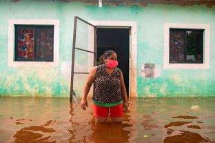 La tormenta Cristóbal azota todo el sureste de Mexico con lluvias intensas