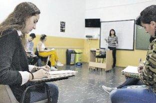 Consultan a los estudiantes