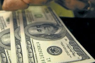 """El dólar blue subió a $ 133 y el """"solidario"""" continuó en alza"""