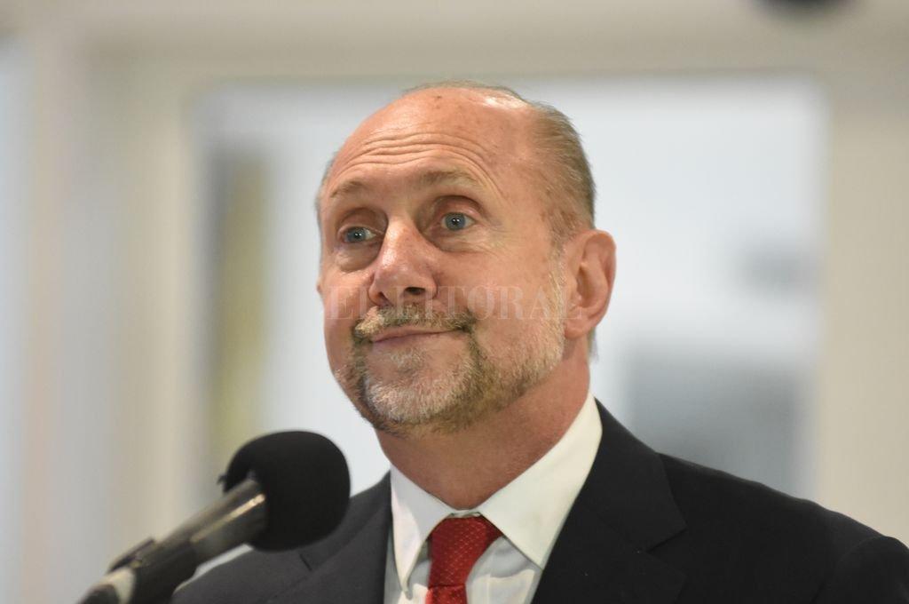 El gobernador Omar Perotti Crédito: Manuel Fabatía