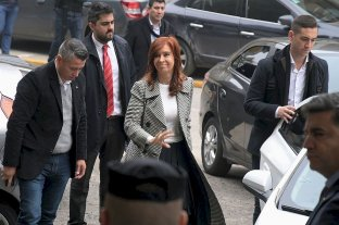 De manera semipresencial, se reanuda el juicio contra Cristina Kirchner por la obra pública