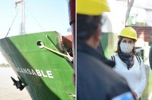 Arribó a la ciudad un buque granelero que transportará a Uruguay 2300 toneladas de maíz