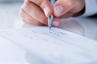 Cheques rechazados: Se extiende hasta fin de año la suspensión de multas y cierres de cuentas
