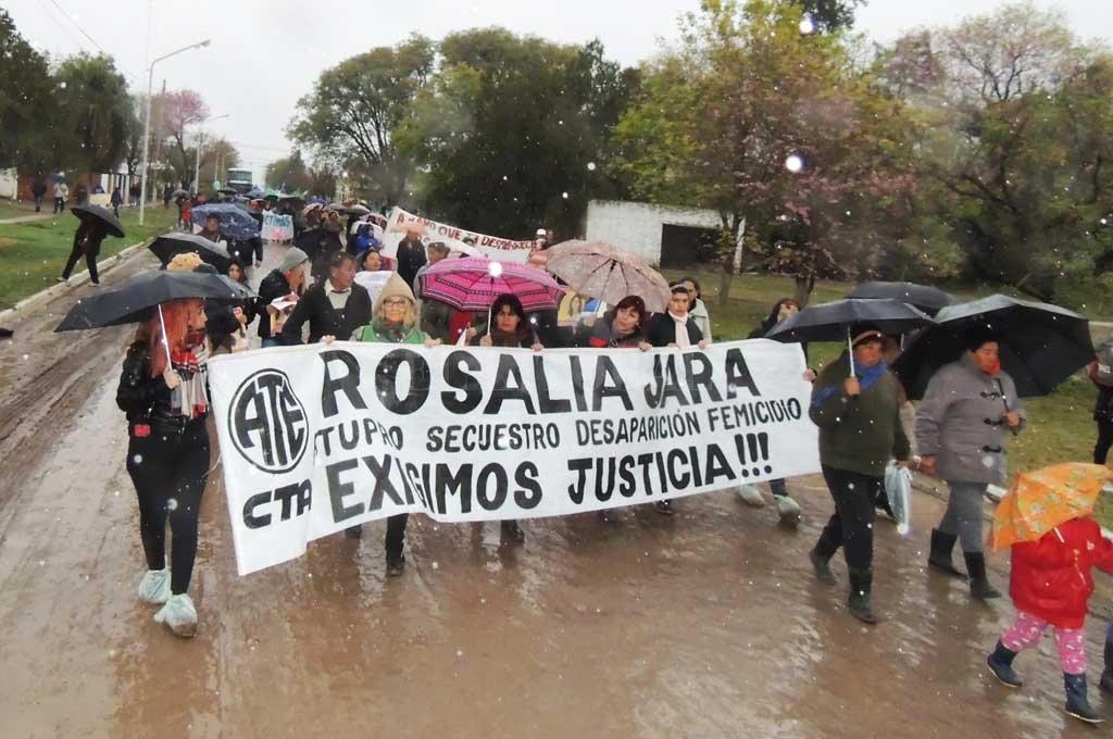 Una de las tantas marchas que se hicieron en reclamo de Justicia por la muerte de la joven Crédito: Archivo El Litoral