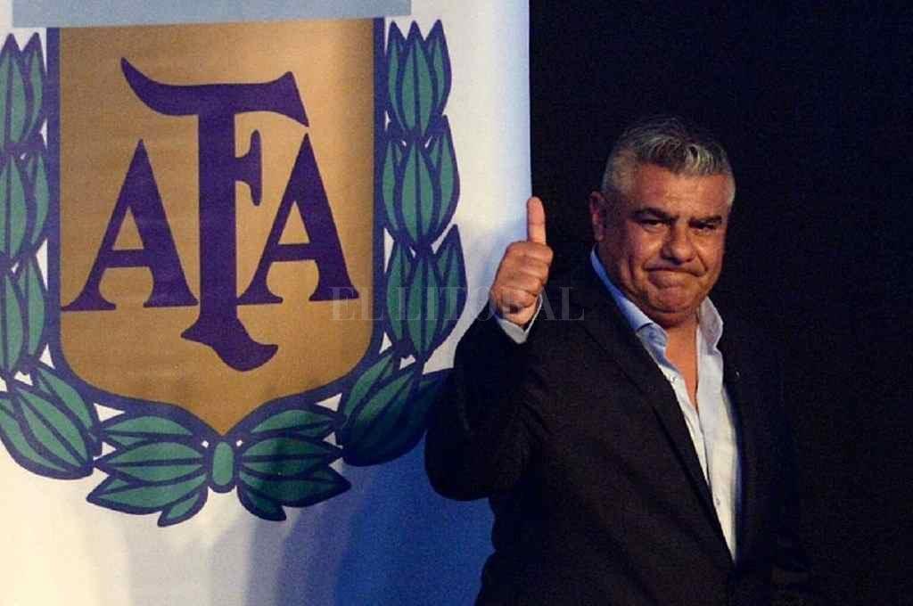 """""""Chiqui"""" Tapia ya tiene un borrador del protocolo sanitario para que los equipos argentinos vuelvan a los entrenamientos.   Crédito: Archivo"""
