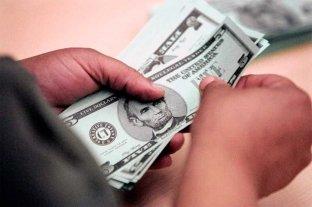 Sube el dólar blue y llega a los 128 pesos