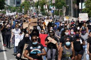 Según un estudio, las protestas por la muerte de Floyd no aumentaron los contagios de coronavirus