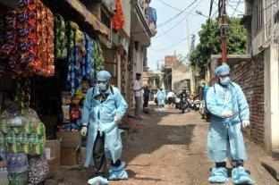 El coronavirus obligó a reconfinar a más de cien millones en India