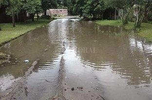 Adelina Este: vecinos reclaman por el arreglo de calles y la falta de luminarias