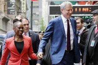 El alcalde de Nueva York se comprometió a recortar US$ 1.000 millones del presupuesto policial