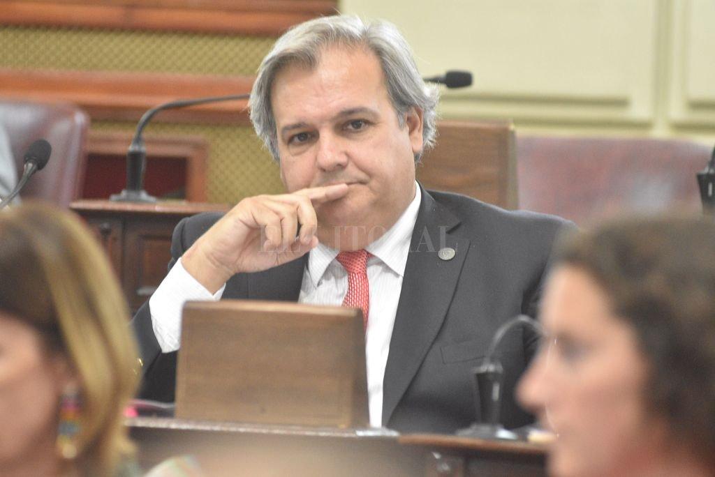 Pablo Farías, el legislador socialista admite que discutirán la adhesión santafesina a la ley de ART. Crédito: Pablo Aguirre