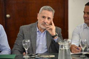 Piden la renuncia del Ministro de Seguridad de Santa Fe por relativizar los ataques a silobolsas