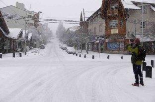 """Declararon a Bariloche como """"zona de desastre económico y social"""" -"""