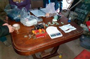 Secuestran cocaína y  dinero en Santo Tomé - En rigor, los investigadores buscaban armas de fuego cuando se encontraron con material estupefaciente.