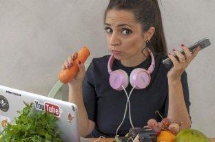 Paulina Cocina en una charla en vivo para Fundación OSDE -  -