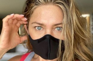 Jennifer Aniston se enojó con la gente que no usa mascarilla