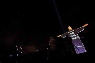 El Cristo Redentor volvió a rendirle homenaje a las víctimas del coronavirus