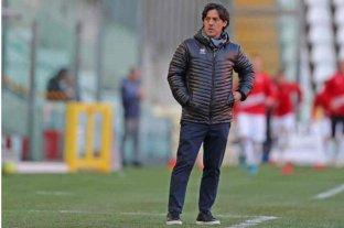 """""""Tevez es el jugador más significativo del fútbol argentino"""", subrayó Camoranesi"""
