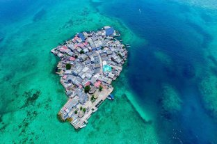 """Cuarentena """"casi imposible"""" en la isla más superpoblada de Colombia"""