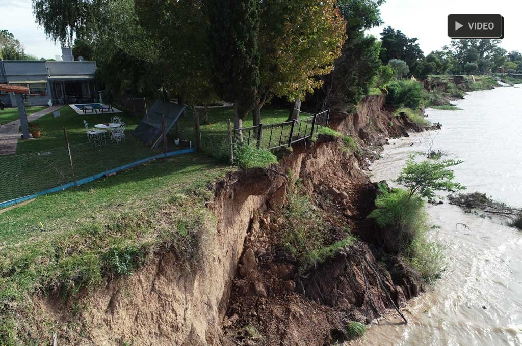 """Desmoronamientos: advierten que hay entre 800 y 900 metros """"vulnerables"""" -  -"""