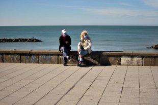 Este viernes comienza la apertura de bares y la práctica de deportes al aire libre en Mar del Plata