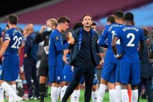 Chelsea y Manchester United buscan un triunfo para consolidarse en zona de copas
