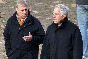 Abogado de víctimas de Epstein acusa al príncipe Andrés de Inglaterra de evadir a las autoridades