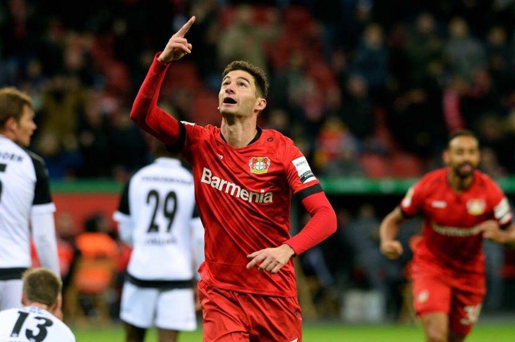 Gran oportunidad. El Leverkusen buscará un título que se le niega desde hace 27 años y Lucas Alario tiene muchas chances de estar desde el arranque del partido ante el poderoso Bayern Munich. Crédito: Archivo
