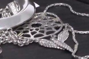 Concordia: el asesino de la docente intentó vender las joyas robadas