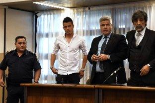 Detuvieron al futbolista Alexis Zárate y deberá cumplir su condena por violación -  -