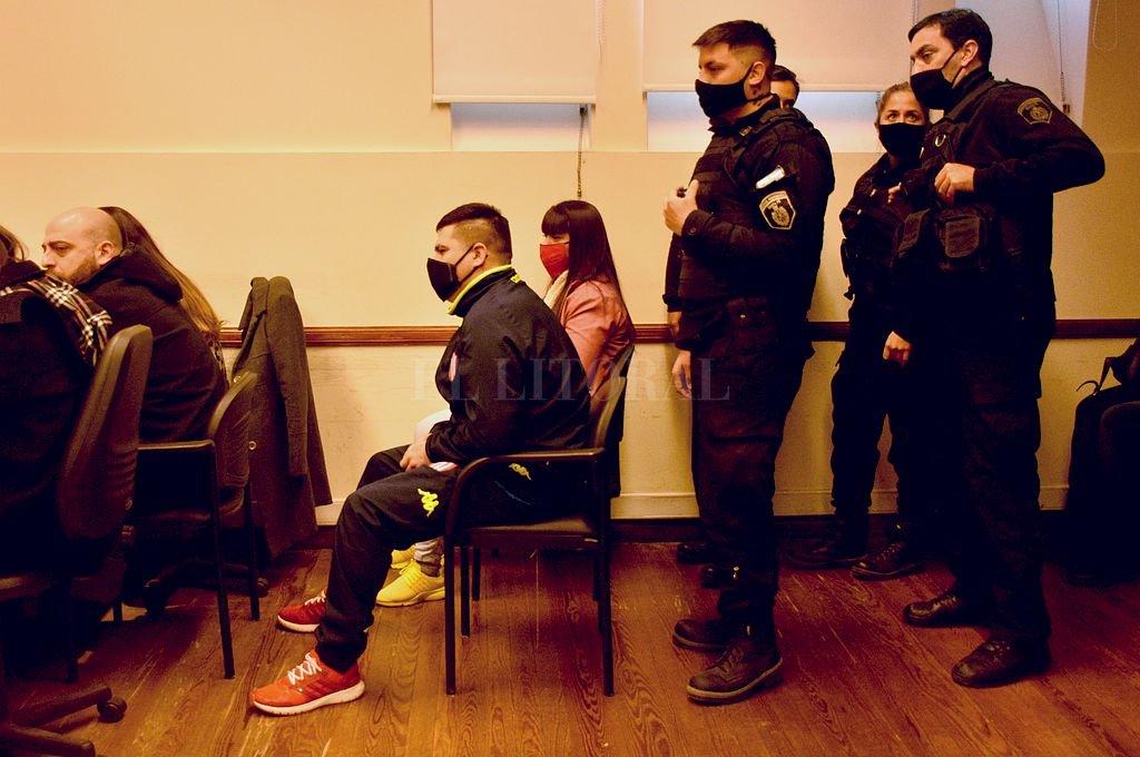 Mario Valberdi y Sofía Paquier fueron condenados por el crimen de Martínez. Durante el juicio no se pudo determinar quién de los dos le clavó el puñal en el cuello. Crédito: Guillermo Di Salvatore