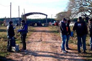 """""""La investigación por la muerte de Diego Román entró en etapa final"""" - Imagen de los primeros rastrillajes en Recreo tras haber sido encontrado sin vida el niño. -"""