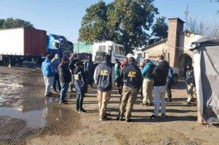 Rosario: secuestraron 15 camiones y autos de un presunto narco detenido