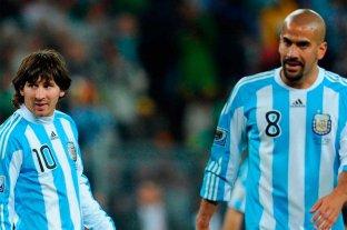 """Verón se ilusiona con Messi en Estudiantes; """"tiene la 10 asegurada"""""""