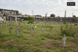 """El Cementerio sigue """"abandonado"""" y continúan las profanaciones  -"""