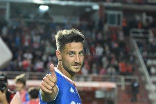 """Mazzola: """"Esperaba que sean más humanos"""" - Nicolás Mazzola y el gesto positivo. Dice que no le dejaron ni siquiera la posibilidad de negociar un nuevo contrato. Se va dolorido pero agradecido. -"""