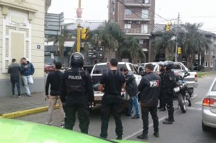 Banda de gitanos: condenados y obligados a pagar cerca de 12 millones de pesos - En junio de 2019 la policía detuvo a algunos miembros de la banda tras un operativo realizado en un inmueble de Belgrano y Suipacha.  -