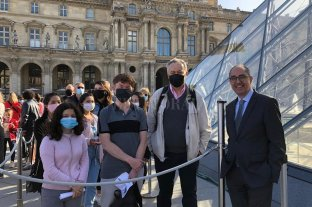 El Louvre reabrió sus puertas