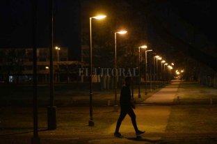 Reparan luminarias en el Parque Federal, pero siguen los problemas