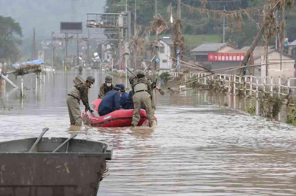 Casi 50 muertos por inundaciones en Japón. Crédito: Agencias