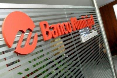 Tras recibir críticas, asumieron las  nuevas autoridades del Banco Municipal
