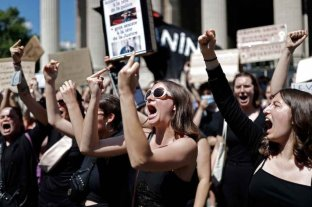 Francia: grupos feministas marcharon contra el nombramiento de dos ministros