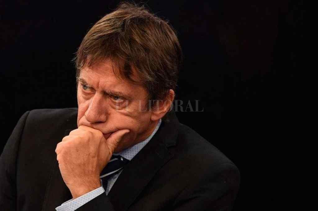 Ricardo Bussi presentó el proyecto en el que los ediles tucumanos expresan su descontento con la Asociación del fútbol argentino.    Crédito: Archivo