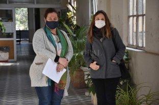 Cardiopatías Congénitas: la  fundación necesita benefactores - Referentes. Mónica Patiño y Romina Conti en el ex hospital Italiano, donde consiguieron una oficina para que funcione la Fundación. -
