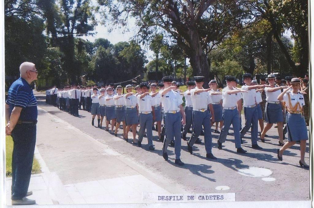 Desfile de cadetes del Liceo Militar General Manuel Belgrano Crédito: Archivo El Litoral