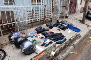 """Allanaron y detuvieron a dos """"motochorros"""" en Villa Soldati"""